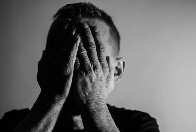 ज्योतिष शास्त्र से जानिए क्या है डिप्रेशन के ज्योतिषीय कारण